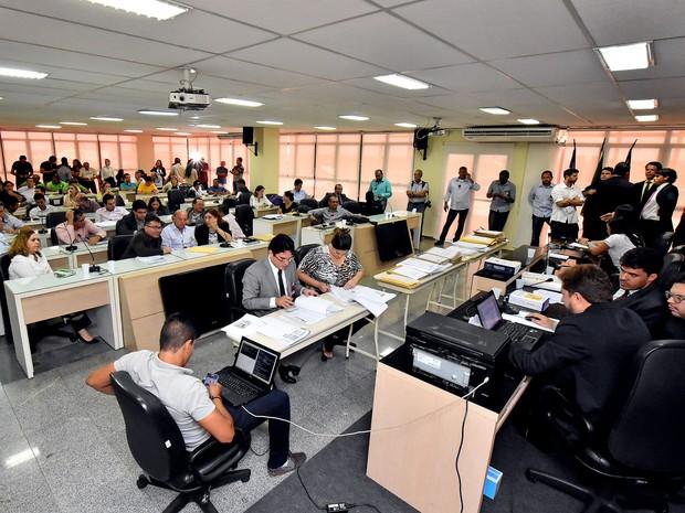 Prefeitura De SÃO LUÍS- MA, Realiza Sessão Pública De Habilitação Da Licitação Do Transporte